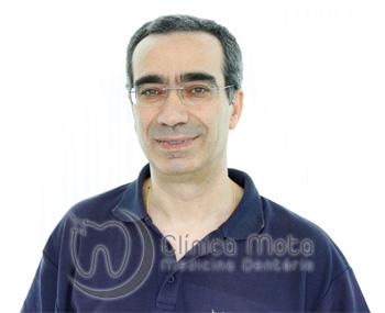 Dr Carlos Mota